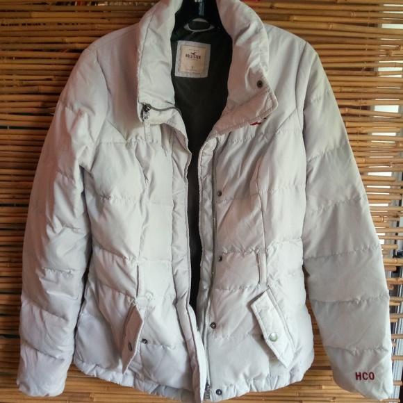 Hollister Jackets & Blazers - ↓$49   Hollister Down Off-White Jacket Sz S